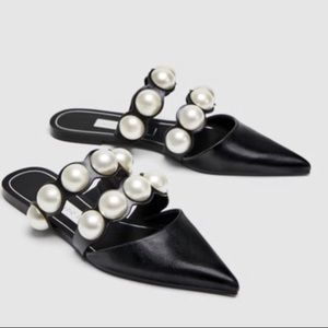 New without tags Zara pointed pearl mule